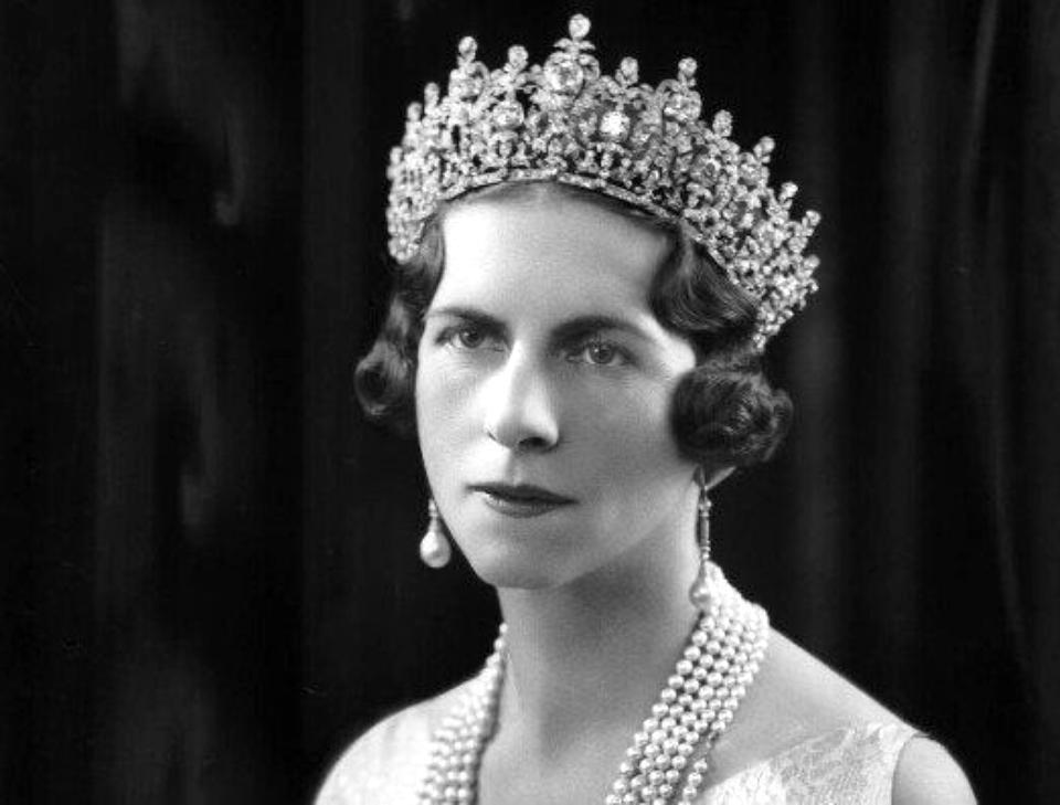 Regina Mamă Elena se va întoarce pe veci acasă