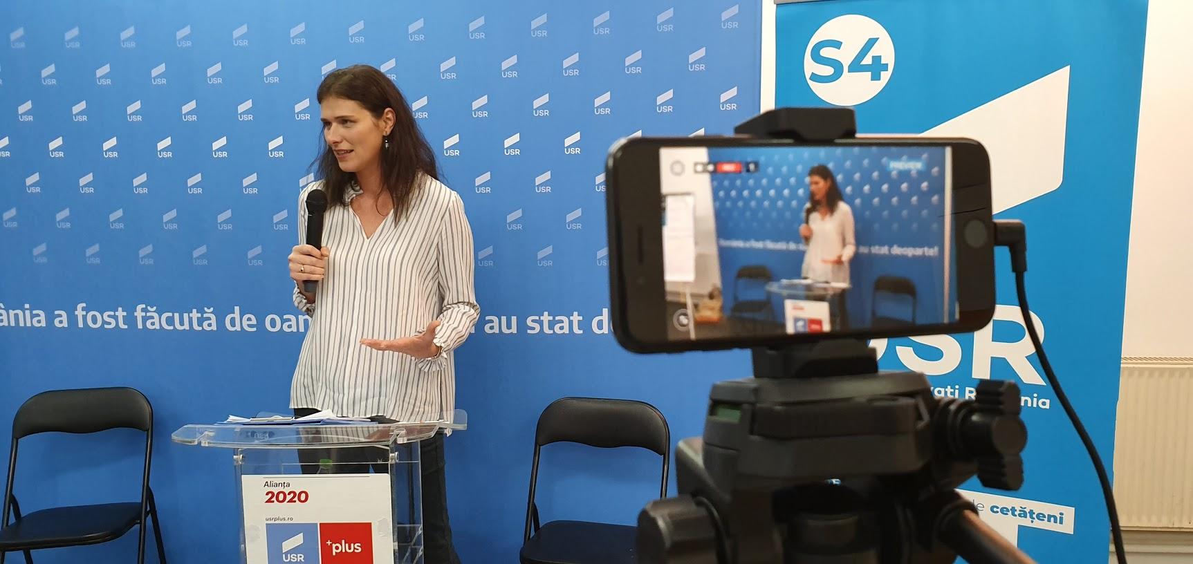 Noul star politic USR, soţie de PSD-ist, cu legături în serviciile secrete