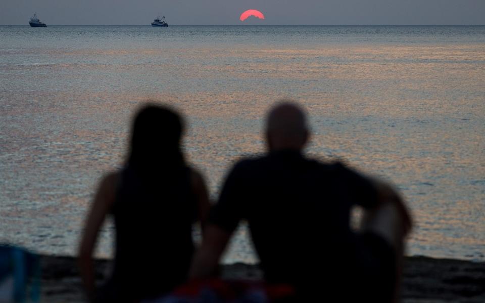 Soluţia Croaţia, pentru cuplurile aflate la distanţă