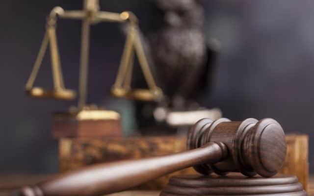 Ce se ascunde în spatele OUG privind desființarea completelor de 3 judecători?